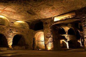 catacombs-of-san-gennaro-naples