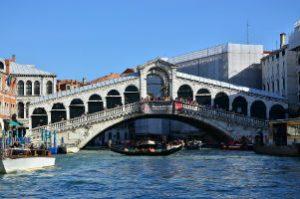 rialto-bridge-of-venice